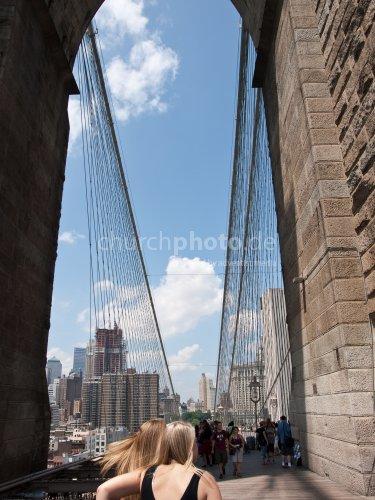 Around the Brooklyn Bridge