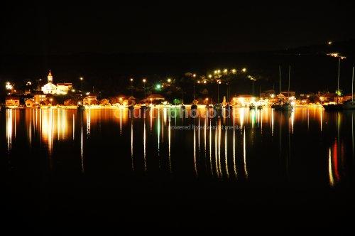 Dorf in der Nacht