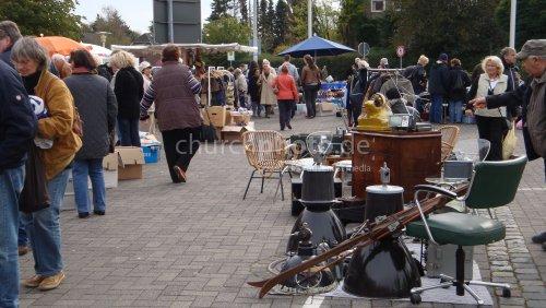 Flohmarkt in Hamburg-Schenefeld