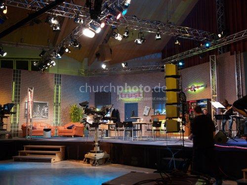 Link2Life Stage Set