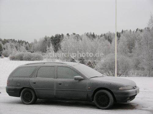 Frozen car