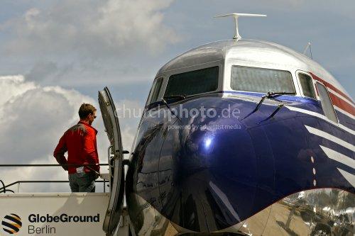 Douglas DC-6B, the flying legend ...