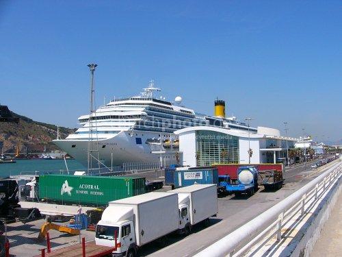 Costa Concordia in the safe harbour