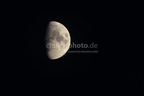Mond, Moon