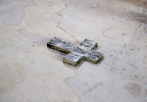 Kreuz auf dem Boden