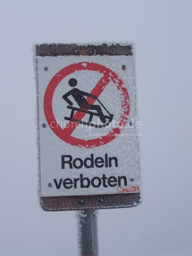 Rodeln verboten