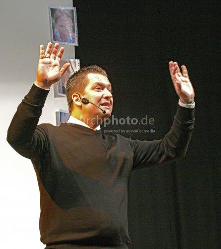 Jovanivic, Miki