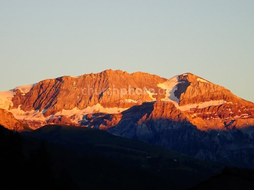 Alpenglühen  -   Alpine glow
