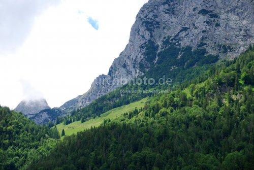 Bergmassiv am Hintersee