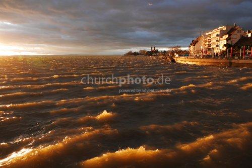 Friedrichshafen bei Sonnenuntergang