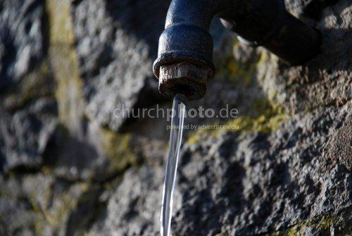 Der Brunnen am Wegrand