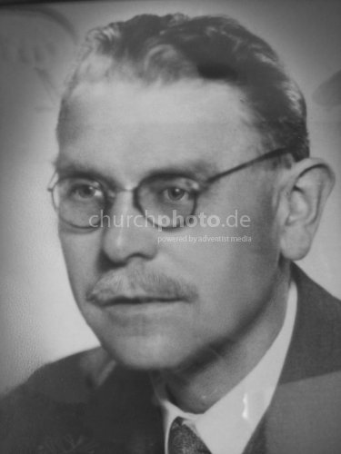 Dr. Wilhelm Michael