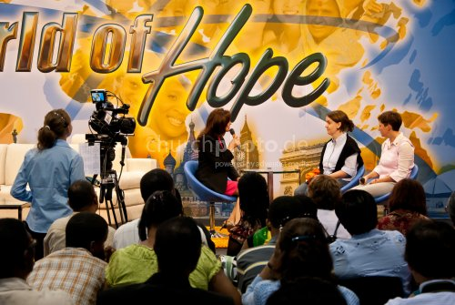 World of Hope Stage - german2