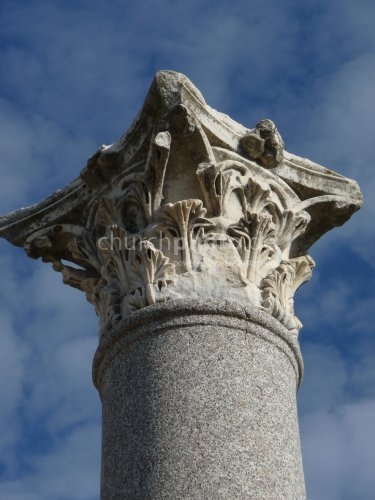 Perge - Säule mit Korinthischem Kapitell