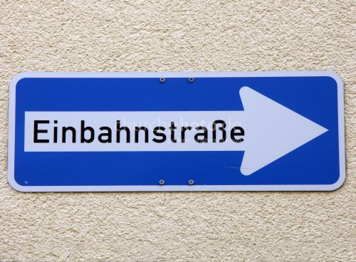 One way (German)