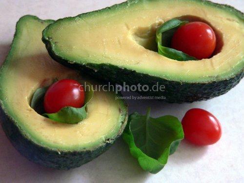 Garnierte Avocados