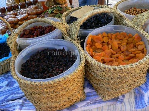 Trockenfrüchte - dried fruit