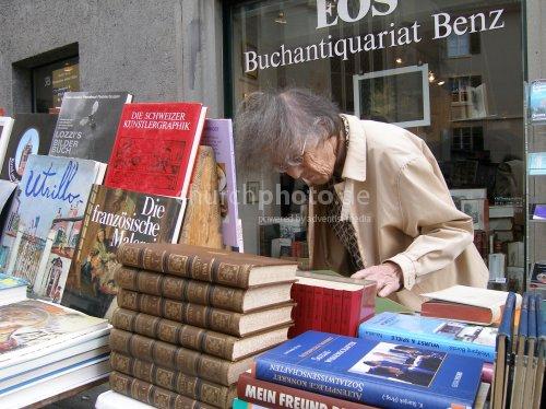 Stöbern in Büchern