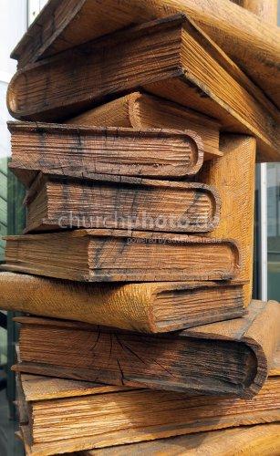 Bücherskulptur