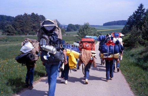 Pfadfindergruppe unterwegs